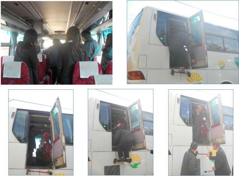 緊急時対応訓練 バス非常口講習2